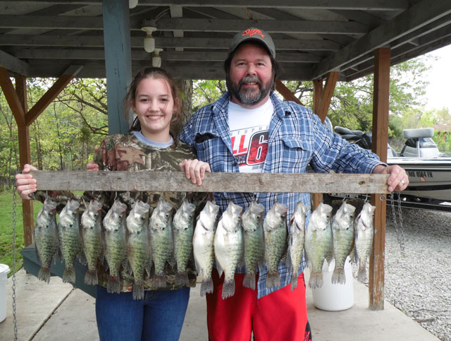 Rylee and Sam Wilkerson crappie fishing at Mark Twain Lake