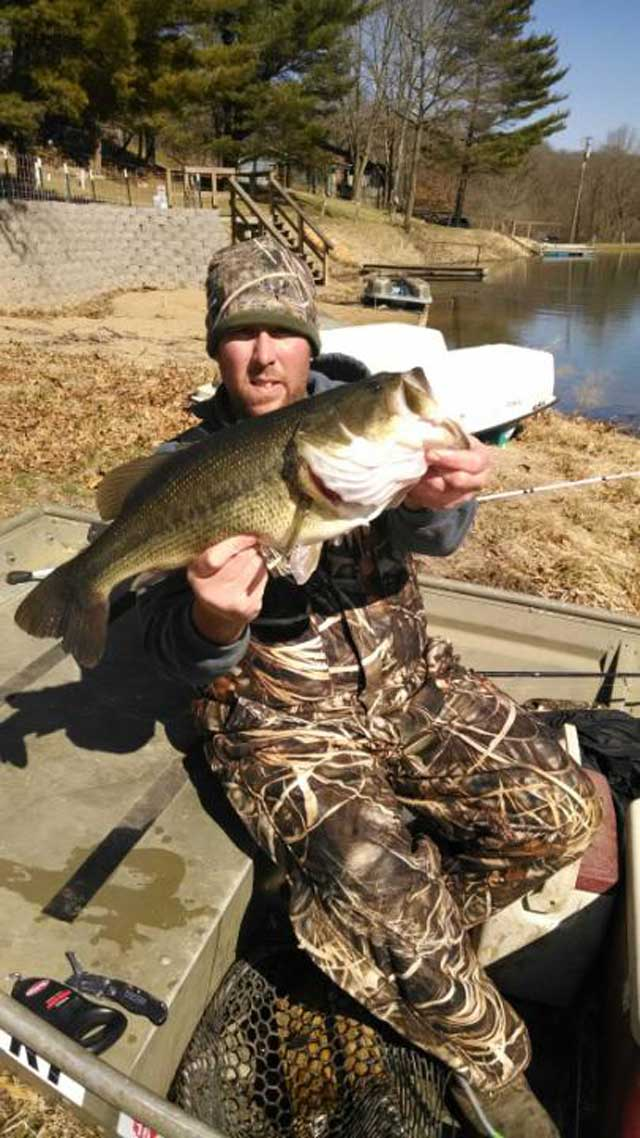 guy caught this 23.5-inch bass on March 28 that weighed 7 pounds, 14 ounces. illinois