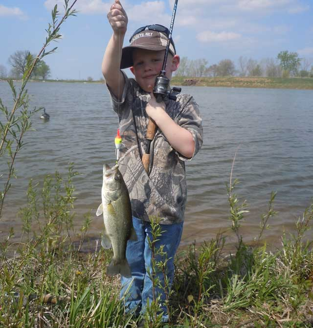 Heartland Outdoors Scattershooting A Day Of Kid Fishing