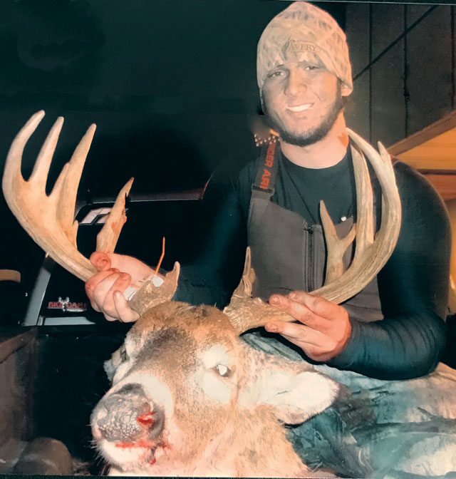 Dalton Huber shot this 18-pointer last fall. Photo courtesy of PRESLEYS OUTDOORS in Bartonville. Heartland Outdoors