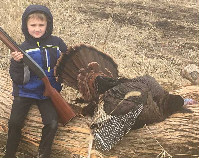 youth turkey hunt illinois tremont