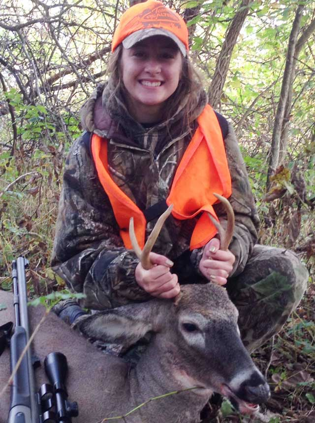 Natalie Gibbs shot this Adams County buck during the Illinois youth hunt
