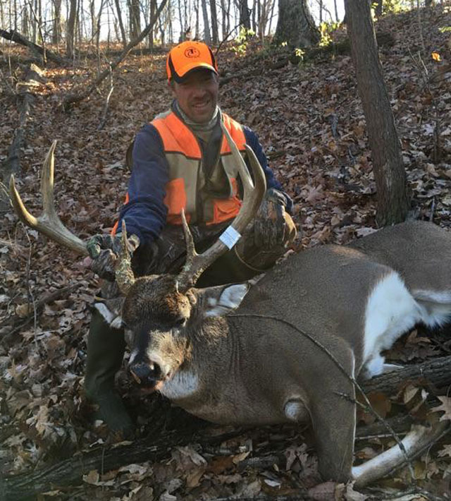 Chad Schweickhardt's giant 6 pt he killed this past gun season.